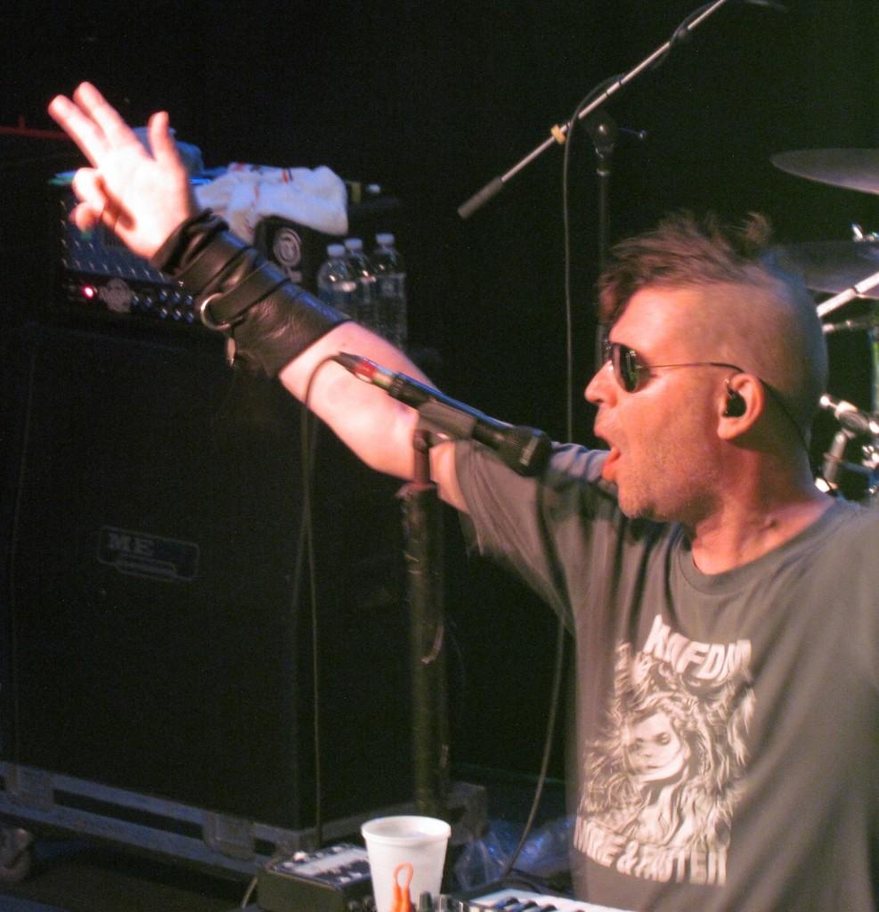 KMFDM 3