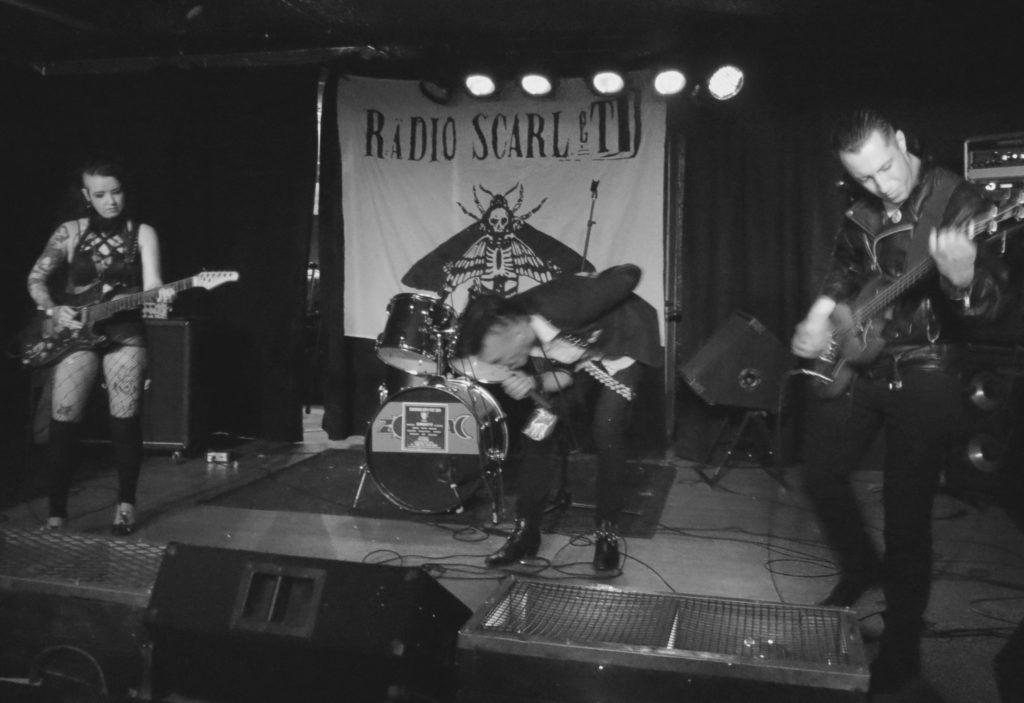 radio scarlet3